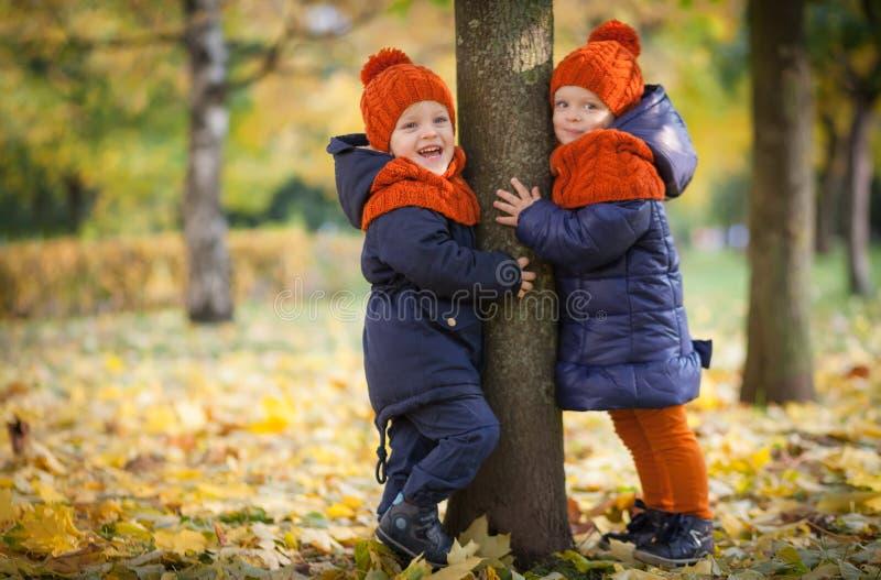 Autumn Kids image libre de droits