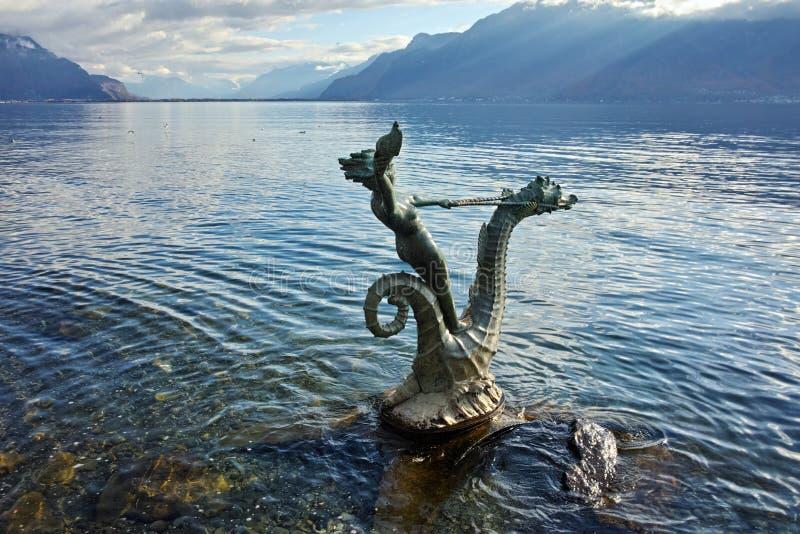 Autumn Landscape delle alpi e del lago Lemano dalla città di Vevey, Svizzera immagine stock libera da diritti