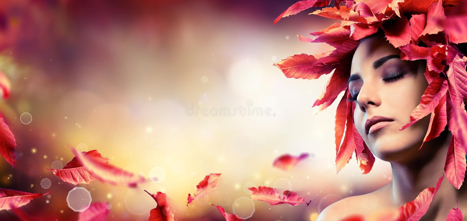 Autumn Makeup With Red Leaves royalty-vrije stock foto