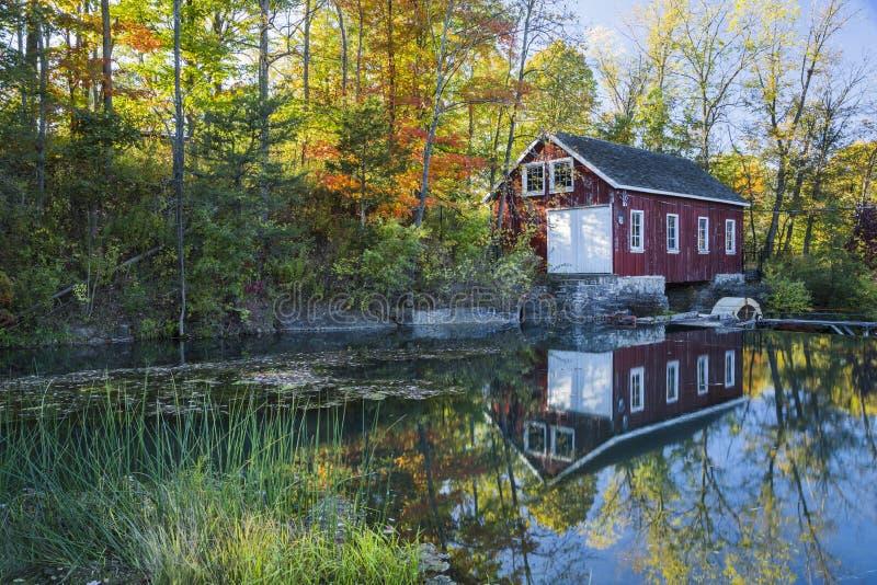Autumn Mill royaltyfri foto