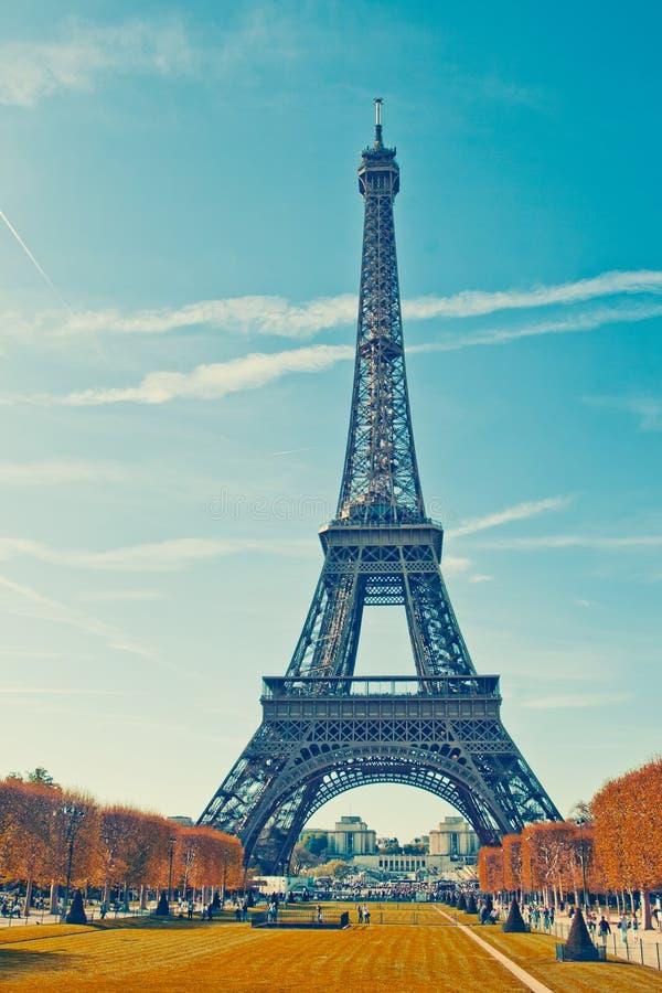 Autumn Paris, torre Eiffel fotos de stock royalty free