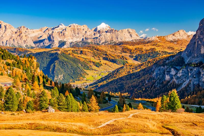 Autumn scenery with Italian Dolomities at sunny day royalty free stock photos