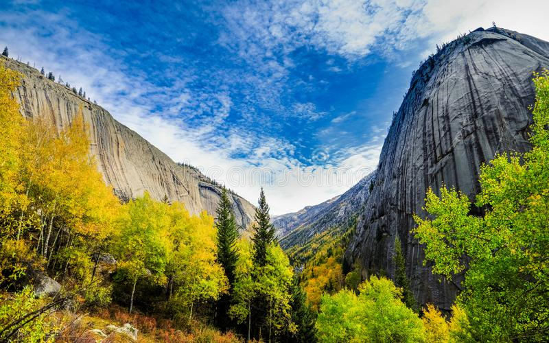 Autumn scenery of the mountain royalty free stock images