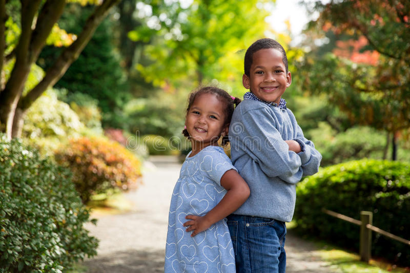 Autumn Siblings fotos de stock