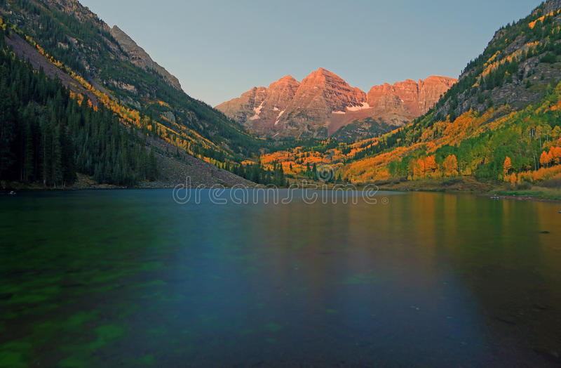 Autumn splendor at Maroon Lake in the Rocky Mountains. stock images