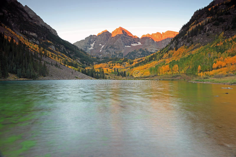 Autumn splendor at Maroon Lake in the Rocky Mountains. royalty free stock images