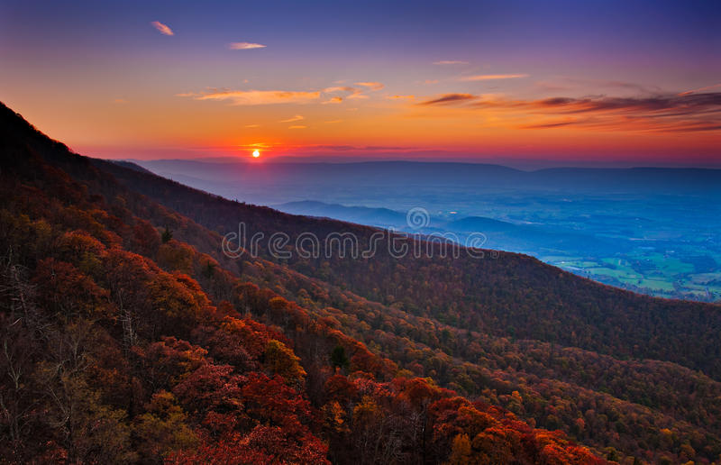 Autumn sunset over the Shenandoah Valley and Appalachian Mountains from Little Stony Man, in Shenandoah National Park, Virginia. stock image