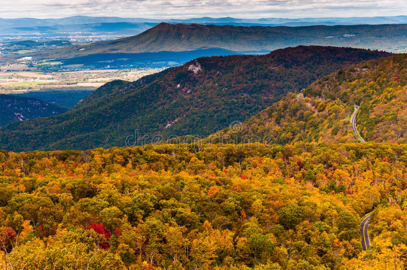Autumn view of the Appalachians from Loft Mountain, Shenandoah N. Ational Park, Virginia royalty free stock photography