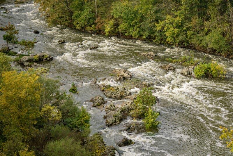 Autumn View do rio de Roanoke imagem de stock
