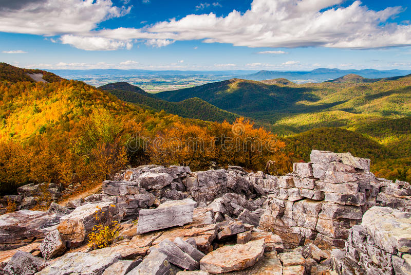 Autumn view of the Shenandoah Valley and Blue Ridge Mountains fr royalty free stock image