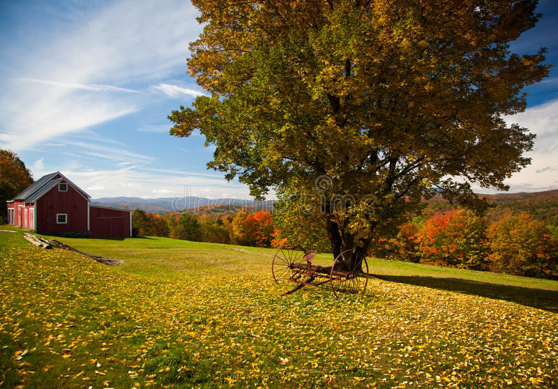 Download Autumn view in Vermont stock image. Image of pretty, scene - 16389239