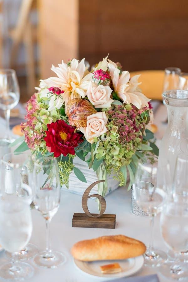 Autumn Wedding Floral Centerpiece foto de archivo libre de regalías