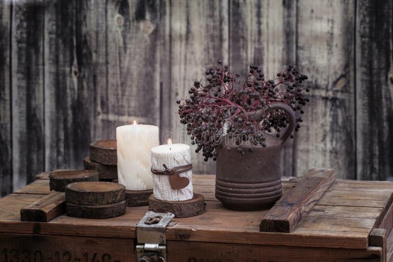 Autumn Winter Still Life With-Kaarsen stock afbeeldingen