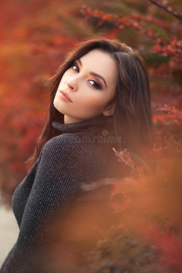 Autumn Woman Portrait lizenzfreie stockfotos