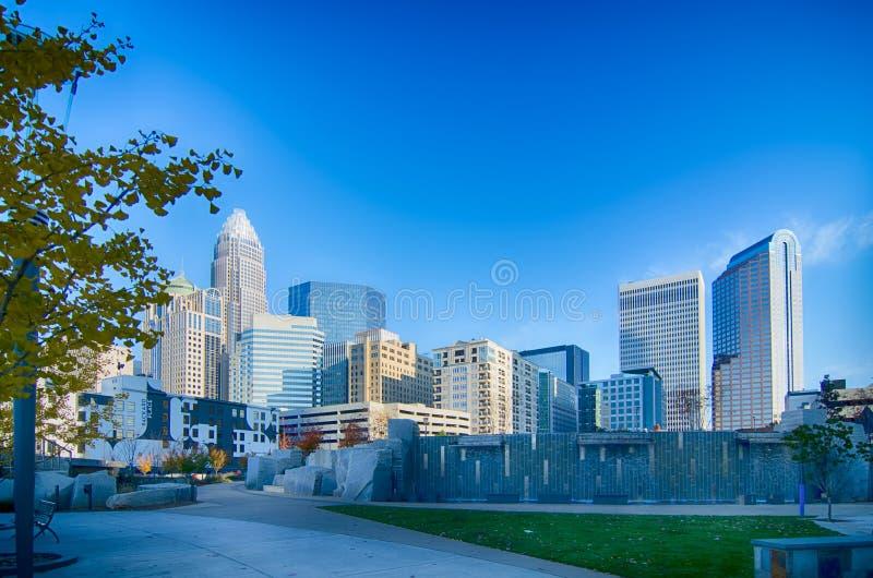 Autunno nel controllo di qualità della città di Charlotte di North Carolina fotografia stock libera da diritti