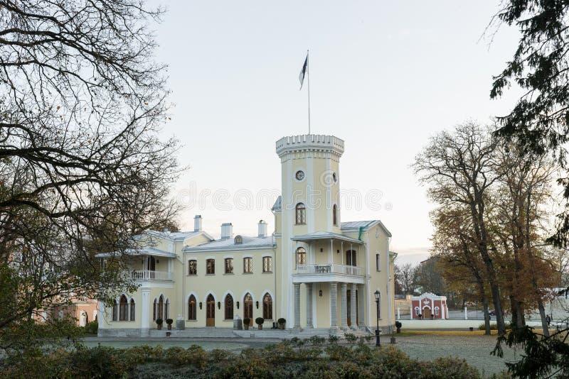 Autunno nella proprietà terriera di Keila Joa Castello in Estonia, fondo dell'ambiente naturale fotografia stock