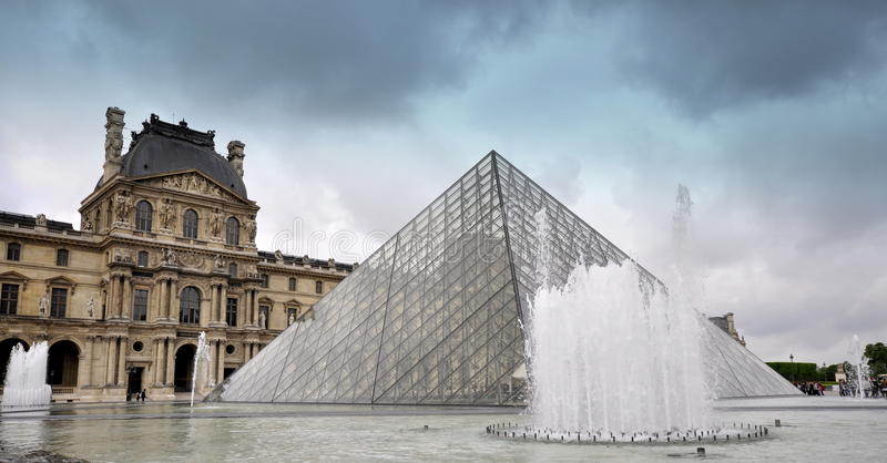 Auvent - Paris photo libre de droits