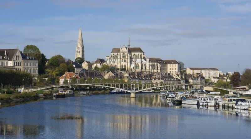 Auxerre Burgunder Frankreich stockbild