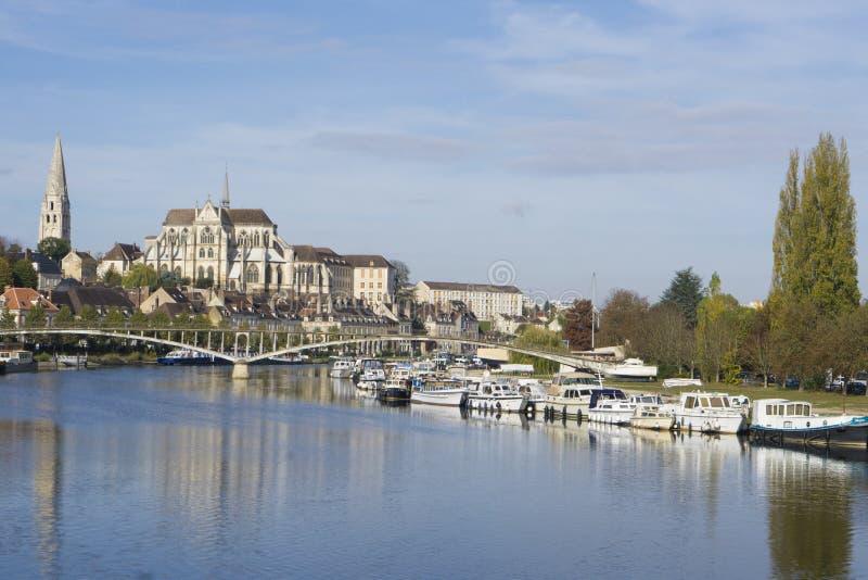 Auxerre Burgunder Frankreich lizenzfreie stockbilder