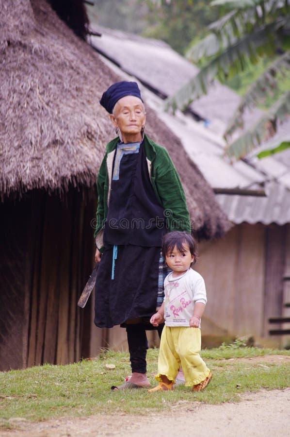 Avó Dao preto étnico imagens de stock