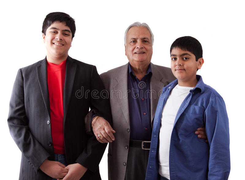 Avô e grandkids do indiano do leste imagens de stock royalty free