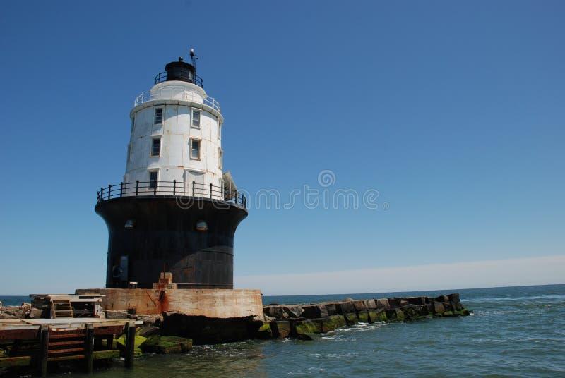 av hamnen av fristadfyren Lewes, Delaware royaltyfri foto