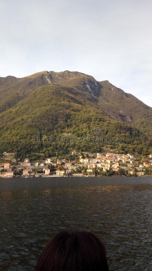 By av sjön Como royaltyfria foton