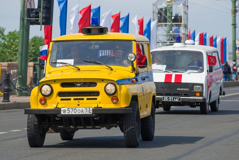 Av-väg bil UAZ-469 av den sovjetiska milisen royaltyfria bilder