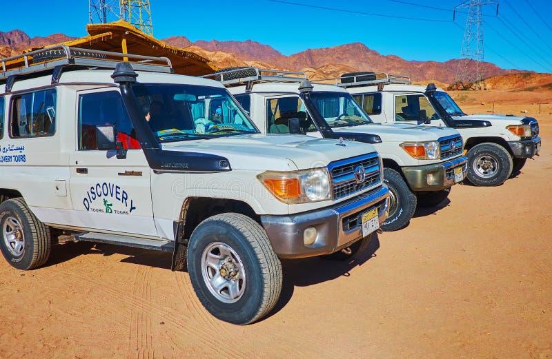 Av vägsafari i den Sinai öknen Egypten arkivbild