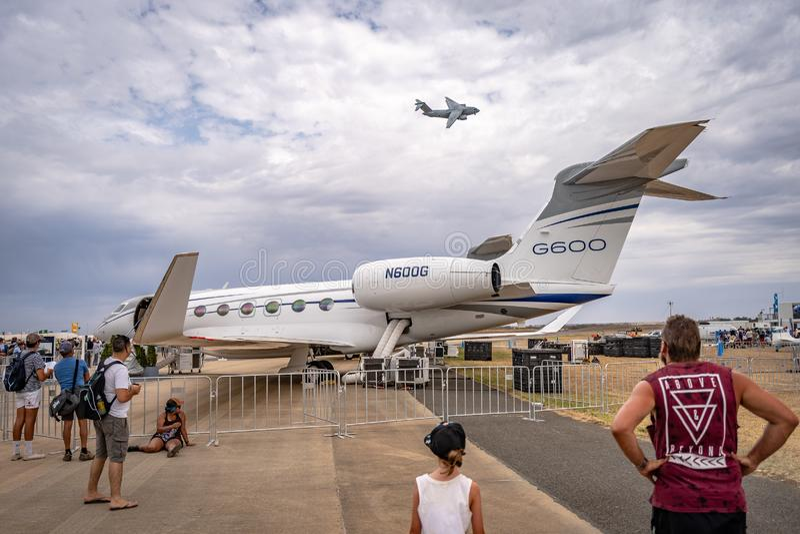 Avalon, Melbourne, Australië - breng 3, 2019 in de war: Gulfstreamg600 privé straal royalty-vrije stock foto's
