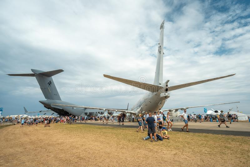 Avalon, Melbourne, Australië - breng 3, 2019 in de war: Militaire vrachtvliegtuigen stock afbeeldingen