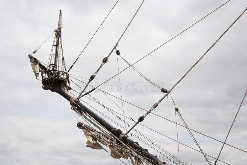 Avant d'arc un bateau antique de navire de navigation photo libre de droits