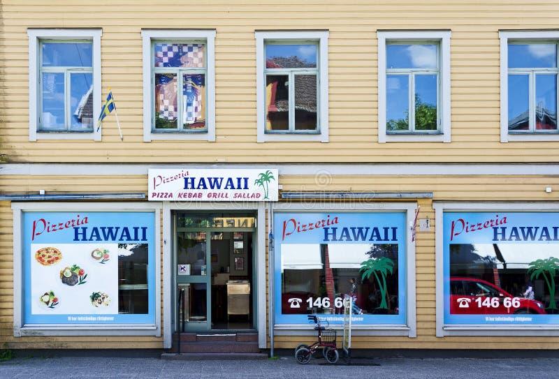 Avant d'une pizzeria appelée «Hawaï» photographie stock libre de droits