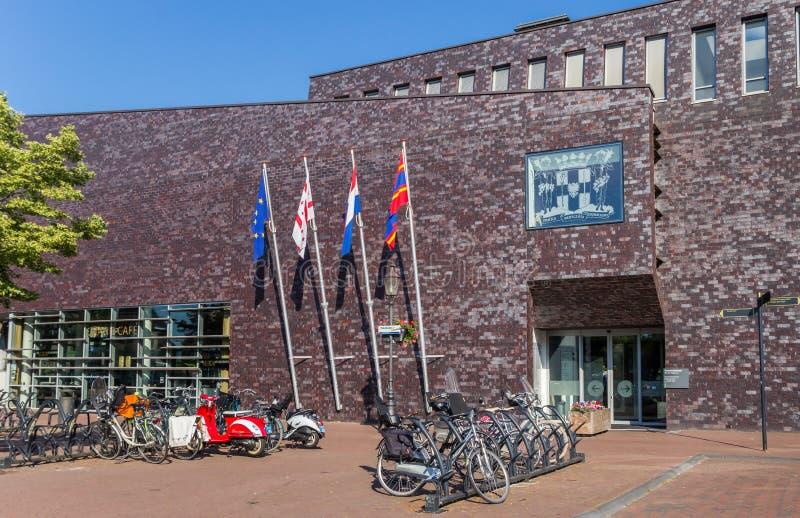 Avant de l'hôtel de ville de Coevorden image libre de droits