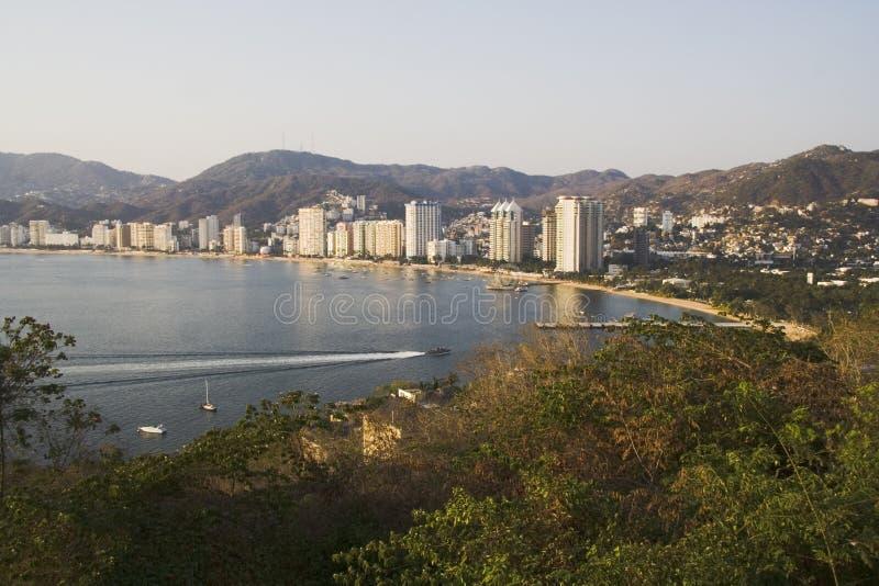 Avant de plage d'Acapulco photo stock