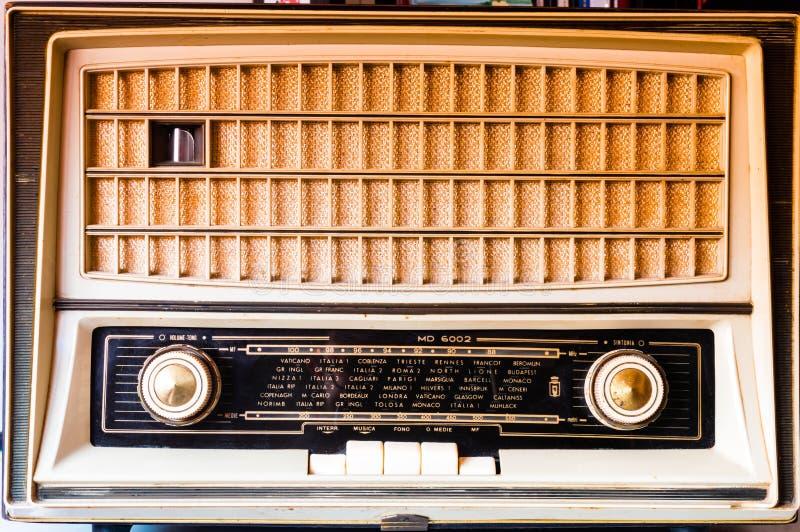 Avant de radio de tube de vintage photos stock