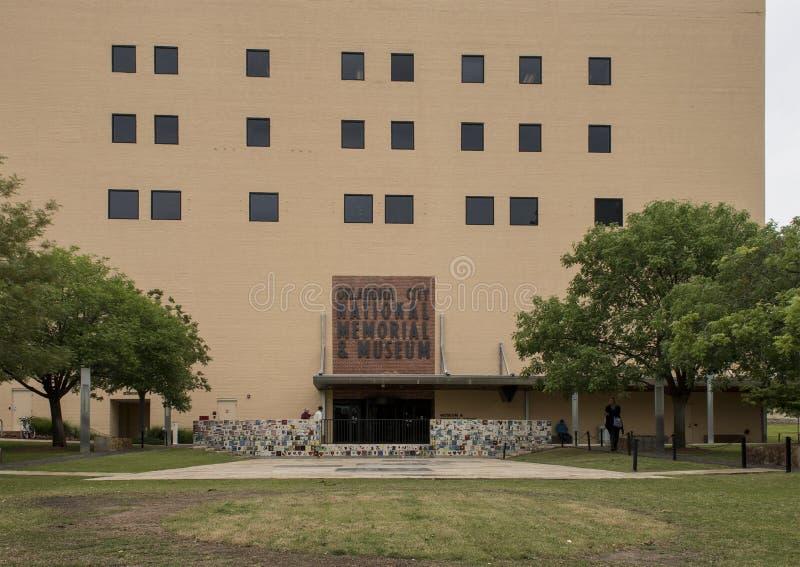 Avant du mémorial et du musée nationaux de Ville d'Oklahoma photo libre de droits