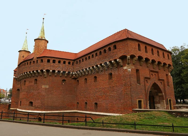 Avant-poste médiéval de barbacane de Cracovie, Pologne photos libres de droits
