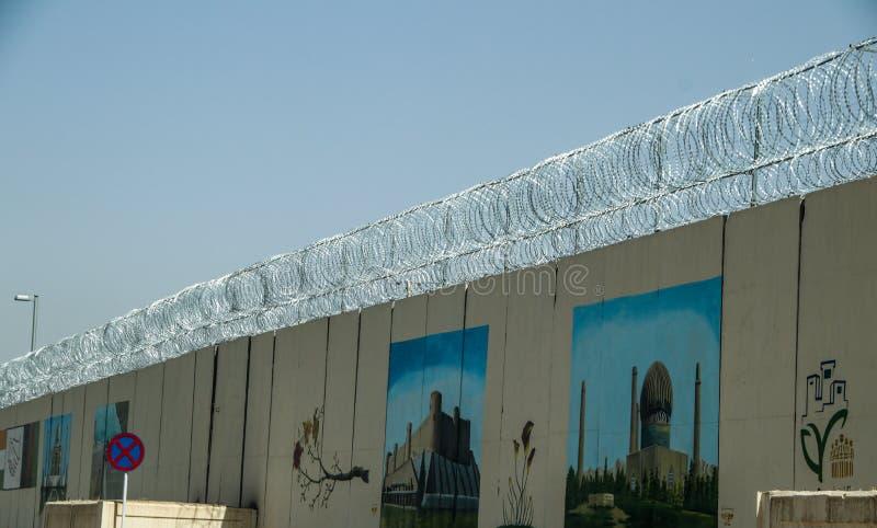 Avant-poste militaire de l'Afghanistan au milieu du désert photographie stock libre de droits