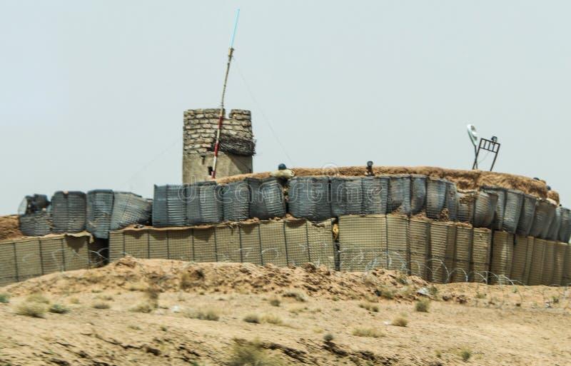 Avant-poste militaire de l'Afghanistan au milieu du désert images libres de droits
