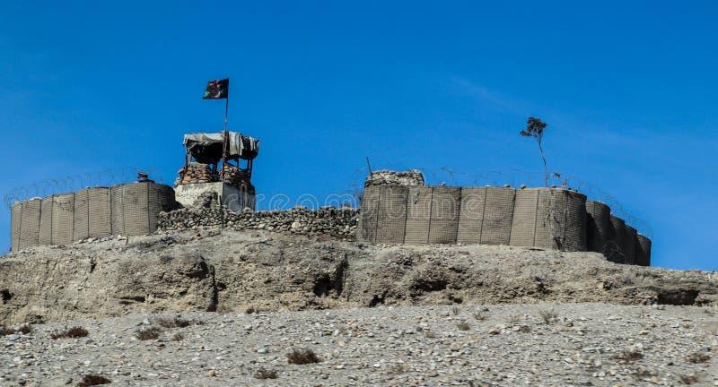 Avant-poste militaire de l'Afghanistan au milieu du d?sert photo libre de droits