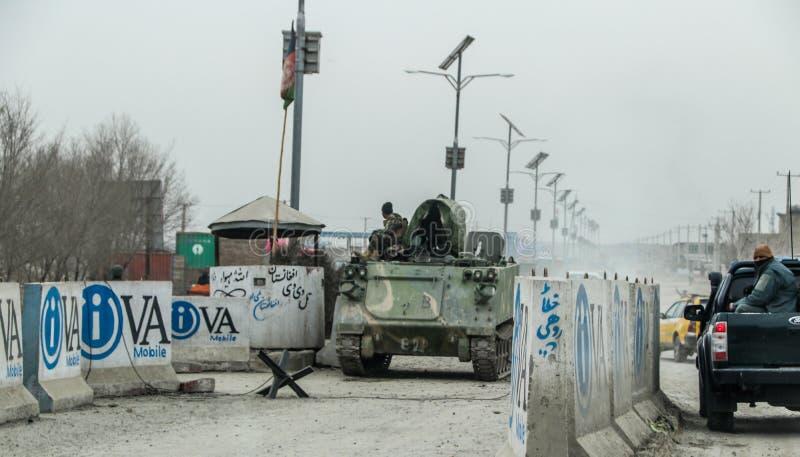 Avant-poste militaire de l'Afghanistan au milieu du d?sert photos stock