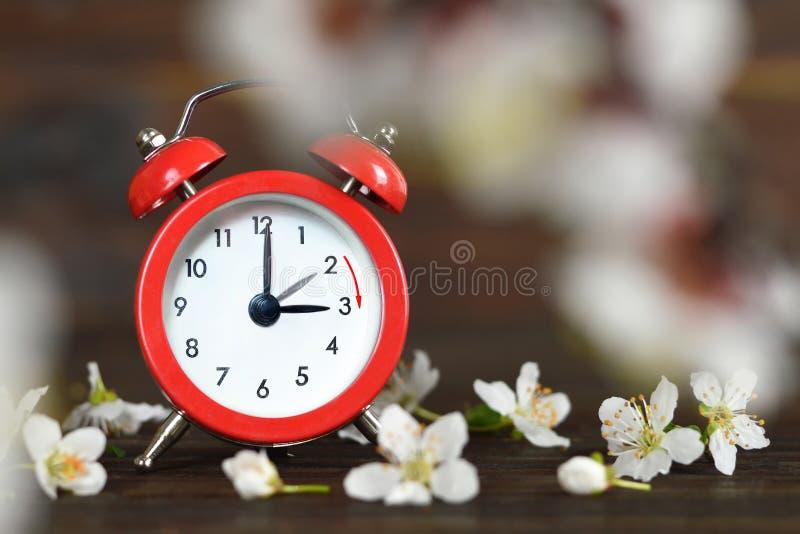 Avanzamento primavera Tempo di salvataggio Daylight fotografia stock libera da diritti