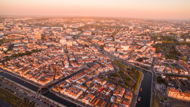Aveiro à la vue aérienne pamoramic Portugal de coucher du soleil images libres de droits