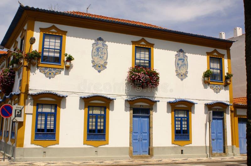 Aveiro, Portogallo. Vista tipica della costruzione. fotografia stock libera da diritti