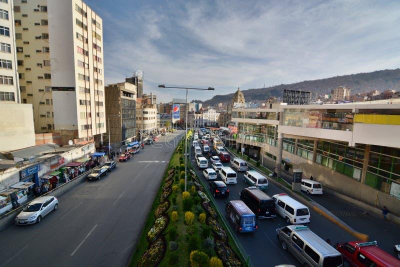 Avenida佩雷斯Velasco 拉巴斯 流星锤 库存照片