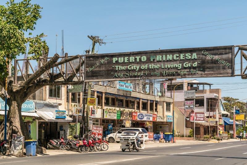 Avenida de Rizal em Puerto Princesa, Palawan, Filipinas fotos de stock royalty free