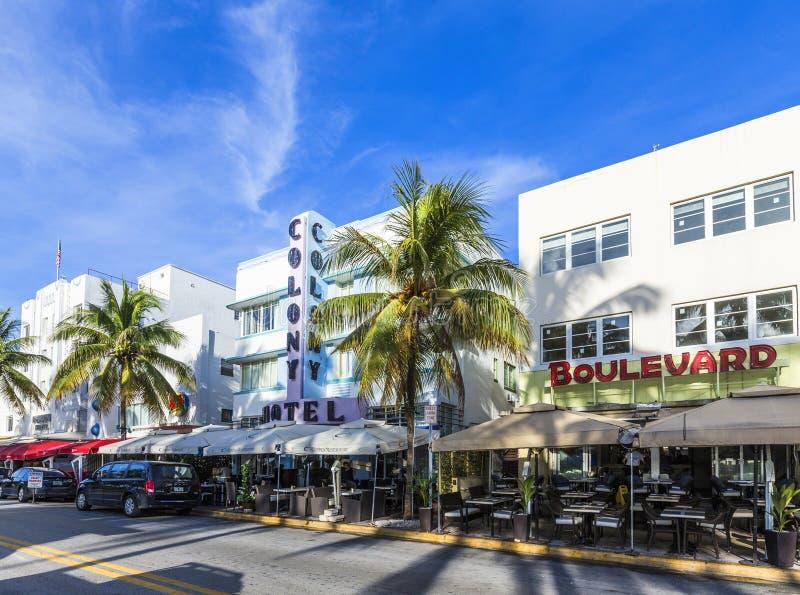 A avenida famosa da movimentação do oceano em Miami Beach fotografia de stock
