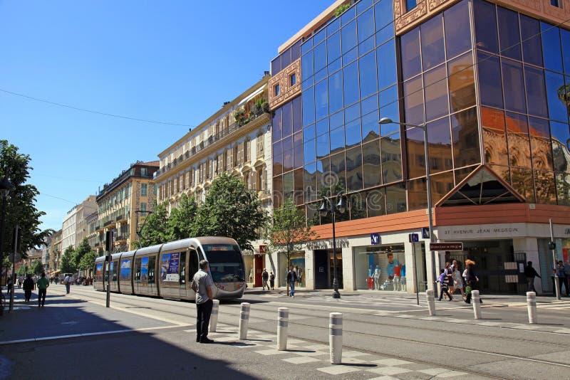 Avenida Jean Medecin, calle principal de Niza, Francia de las compras foto de archivo