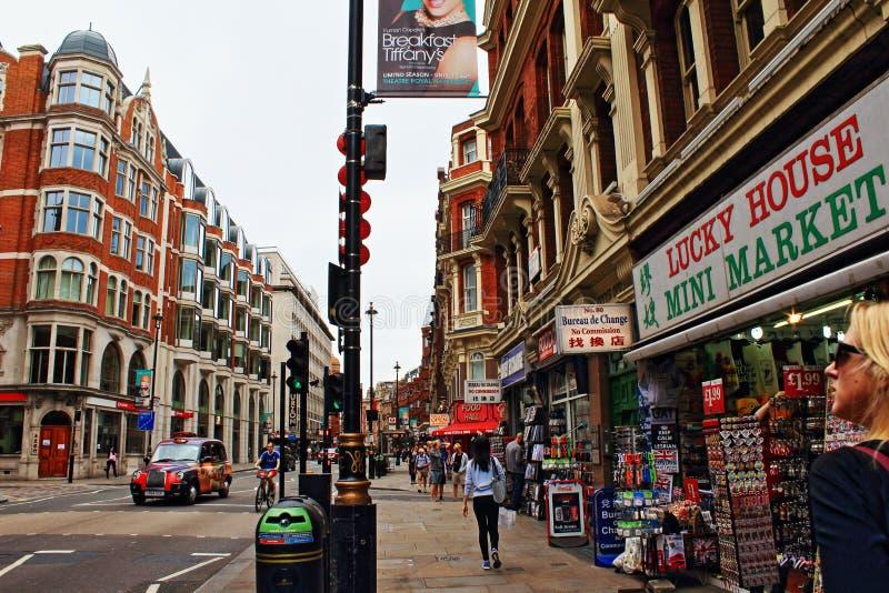 Avenida Londres central Reino Unido de Shaftesbury imagenes de archivo